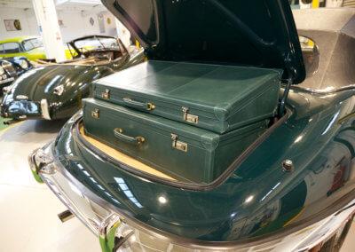 rare-classic-car-luggage